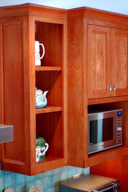 Midcentury Kitchen Renovation traditional-kitchen