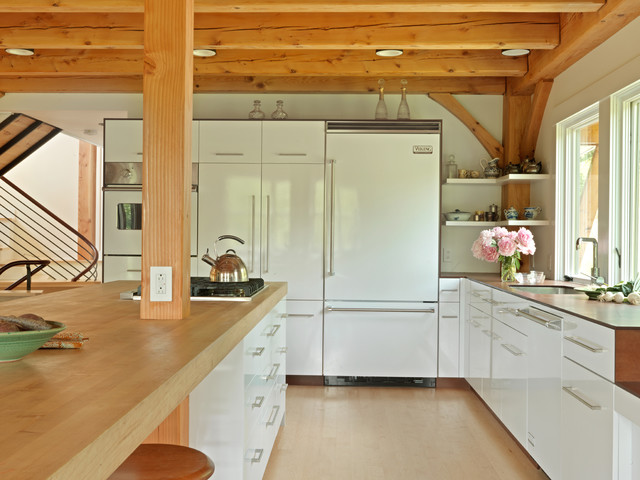 Middlebury vermont residence contemporary kitchen for Kitchen cabinets vermont