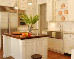 Milbank Townhomes traditional-kitchen