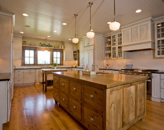 Mill Creek Ridge Farmhouse farmhouse-kitchen