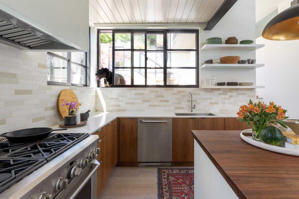 Inspiration for a contemporary kitchen remodel in San Francisco