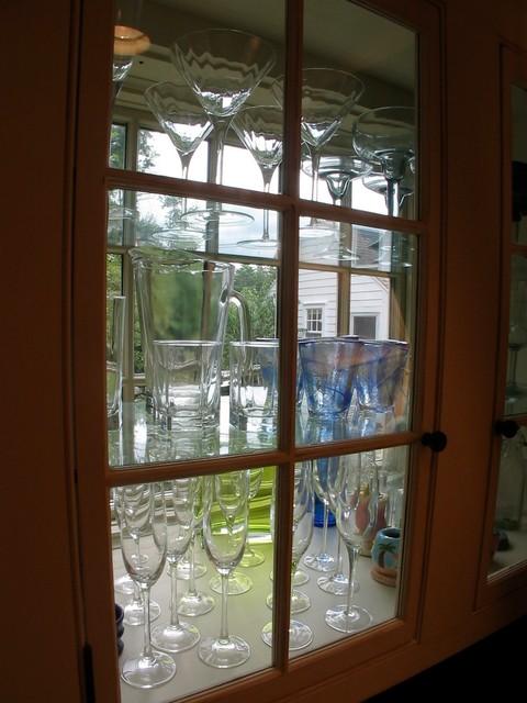 Millwork & trim traditional-kitchen