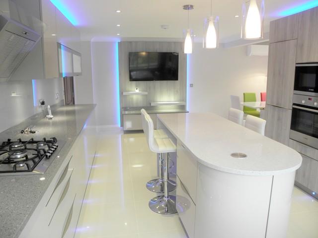 Milton Keynes Project Contemporary Kitchen London By Diwan Development Ltd