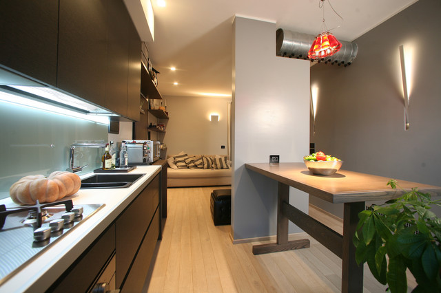 small apartment in Reggio Calabria contemporary kitchen