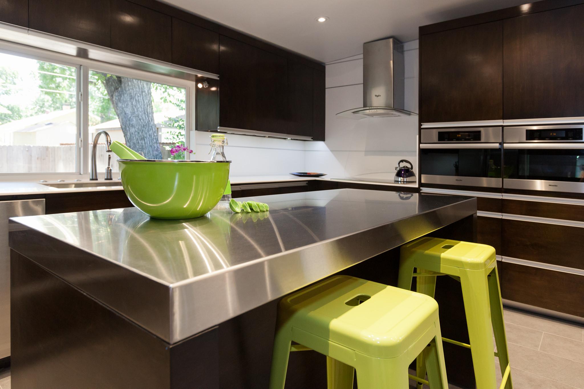 Minimal Contemporary Kitchen Renovation