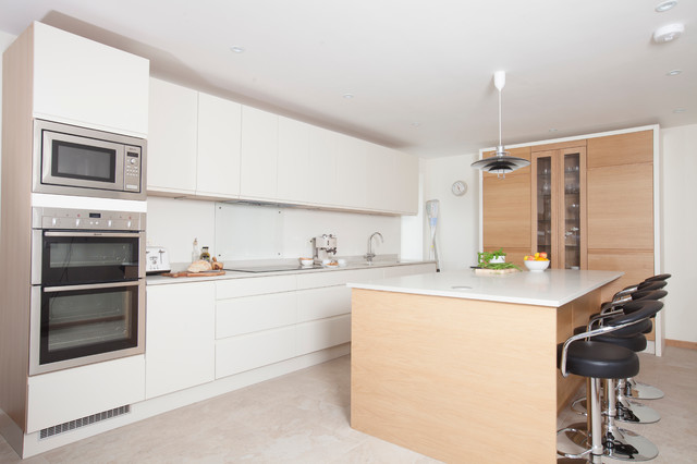minimalist cream and white oak - Contemporary - Kitchen - Cardiff ...