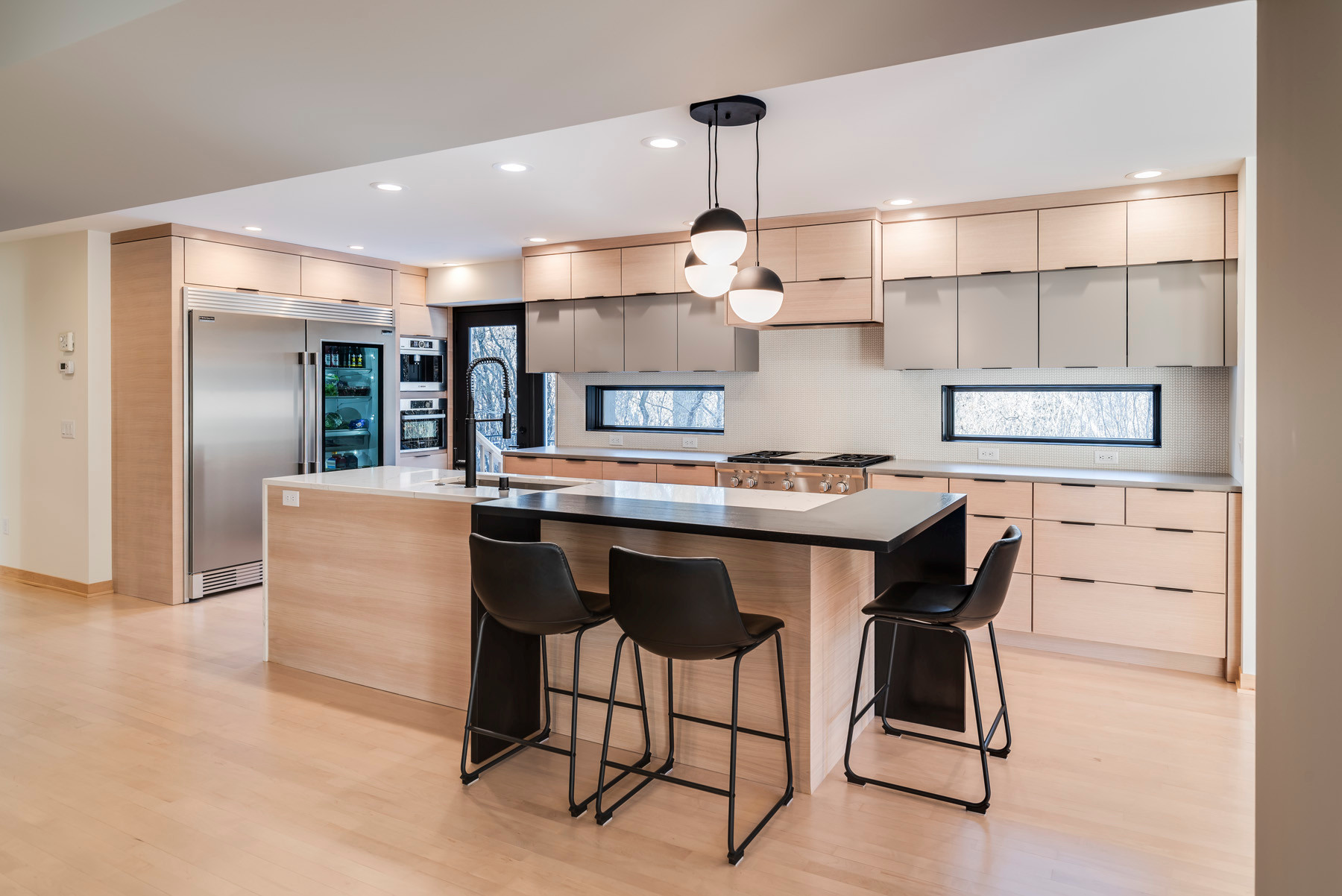 75 Beautiful Kitchen With Light Wood Cabinets Pictures Ideas December 2020 Houzz