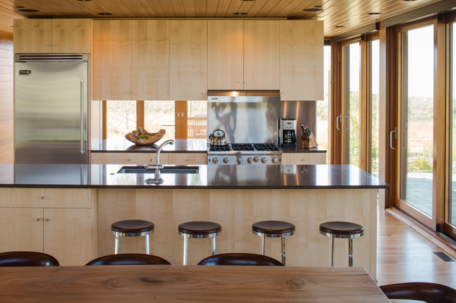 Smith uzer jackson wy modern kitchen denver by for Kitchen jackson hole
