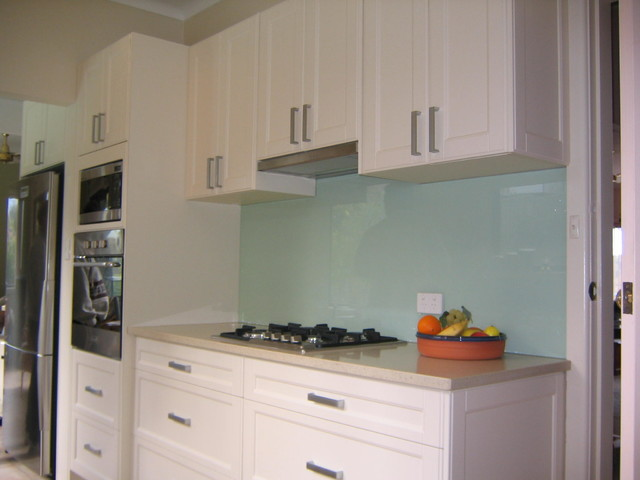 green splashbacks for kitchens mint green kitchen splashback 4040