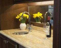 Mirrored backsplash traditional-kitchen