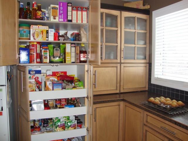 Miscelanious traditional-kitchen