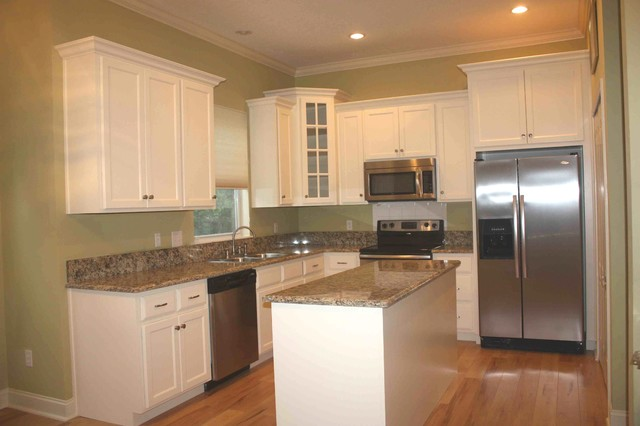 Miscellaneous Projects traditional-kitchen