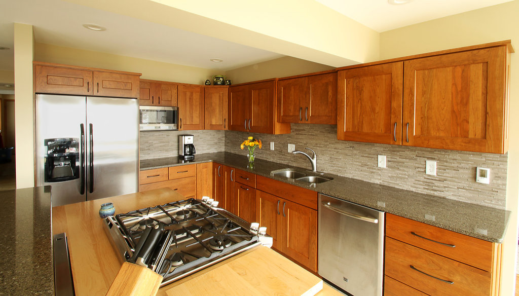 Mission / Craftsman Kitchens