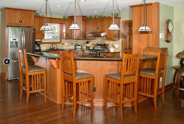 Mission quarter-sawn white oak kitchen traditional-kitchen