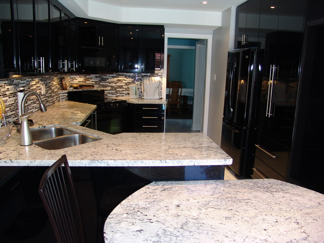 Mississauga Residence Kitchen Renovation Contemporary Kitchen Toronto By Roma