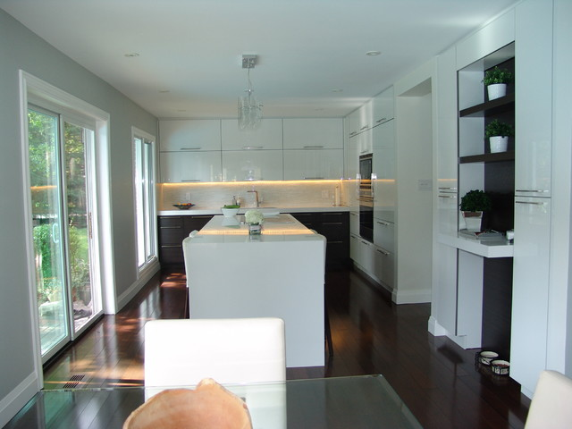 Mississauga Residence Contemporary Kitchen Toronto By Roma Kitchens Design Centre