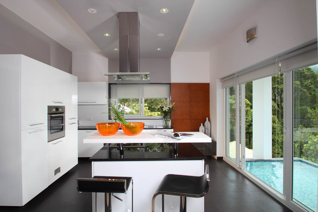 Misty Haven Villa contemporary kitchen