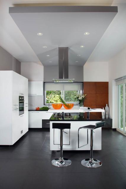 Misty Haven Villa Contemporary Kitchen Bengaluru