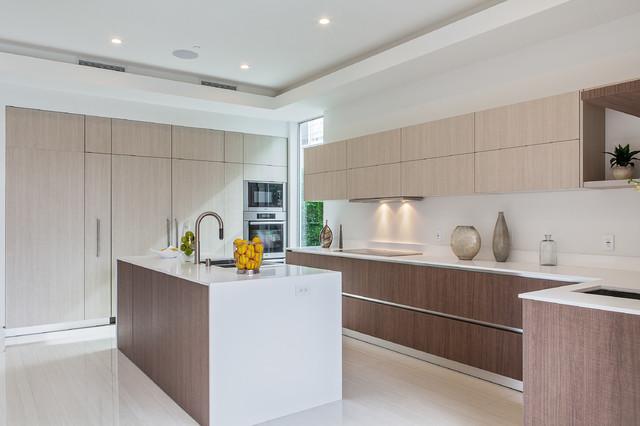 Miton sincro wood contemporary kitchen los angeles for Contemporary kitchen cabinets los angeles