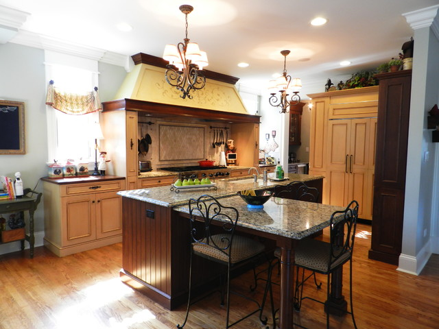 Mixed Traditional traditional-kitchen