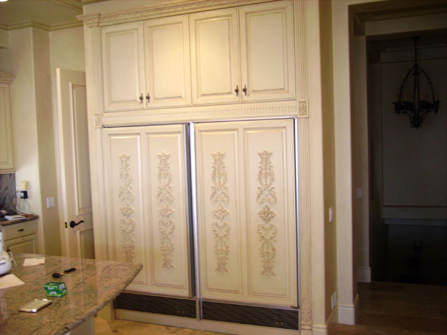 ML Custom Cabinetry traditional-kitchen