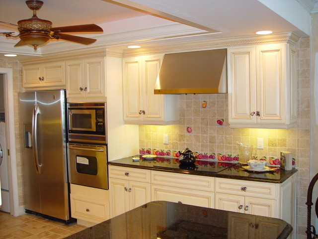 Custom Kitchen Cabinets Naples Fl Traditional Kitchen Miami By Christi 39 S Cabinetry
