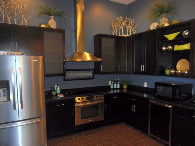 Model Apartments And Clubhouse Contemporary Kitchen Indianapolis By Center Stage Design