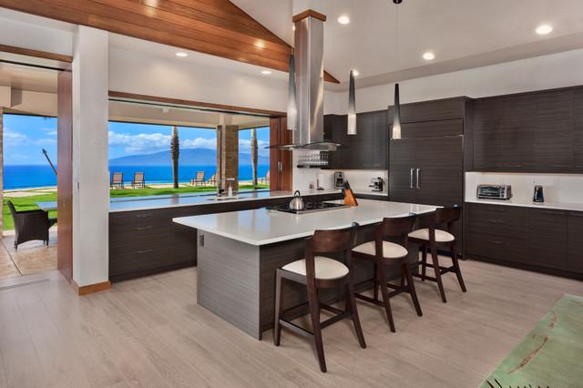 modern and contemporary interior kolonialstil k che. Black Bedroom Furniture Sets. Home Design Ideas