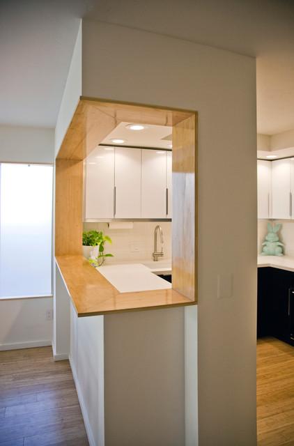 Modern bamboo kitchen bar pass through modern kitchen san diego by neal mcewen for Pass through kitchen ideas