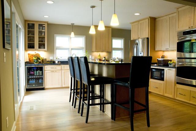Modern Chic Kitchen modern-kitchen