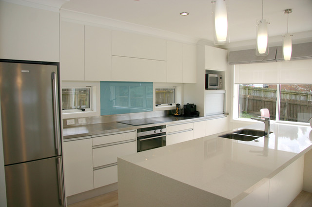 Modern contemporary minimalist kitchen design contemporary kitchen auckland by Kitchen design for modern house