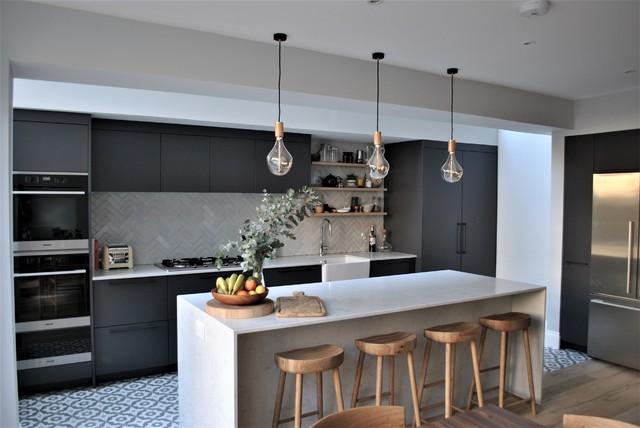 Phenomenal Modern Dark Grey Kitchen With Black Handles Contemporary Download Free Architecture Designs Grimeyleaguecom