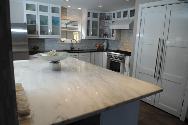 Modern Dove Kitchen modern-kitchen