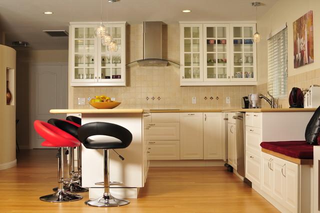 Modern Dramatic Kitchen contemporary-kitchen