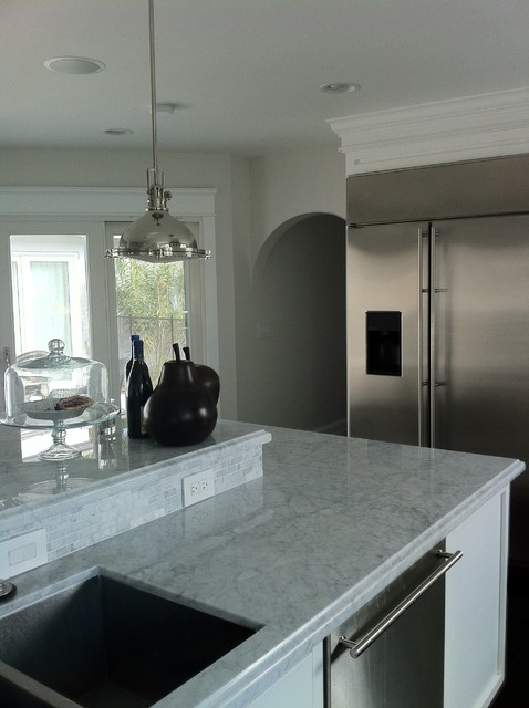 Kitchen Island 2 Levels modern family eat in kitchen 2 level island - contemporary