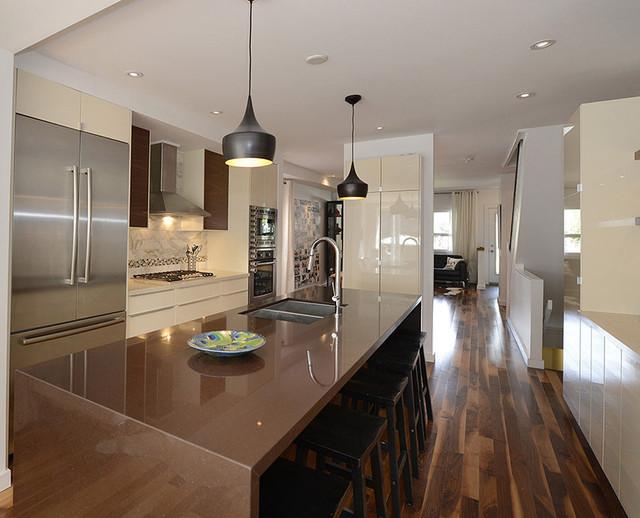 Modern Family Kitchen Design Toronto