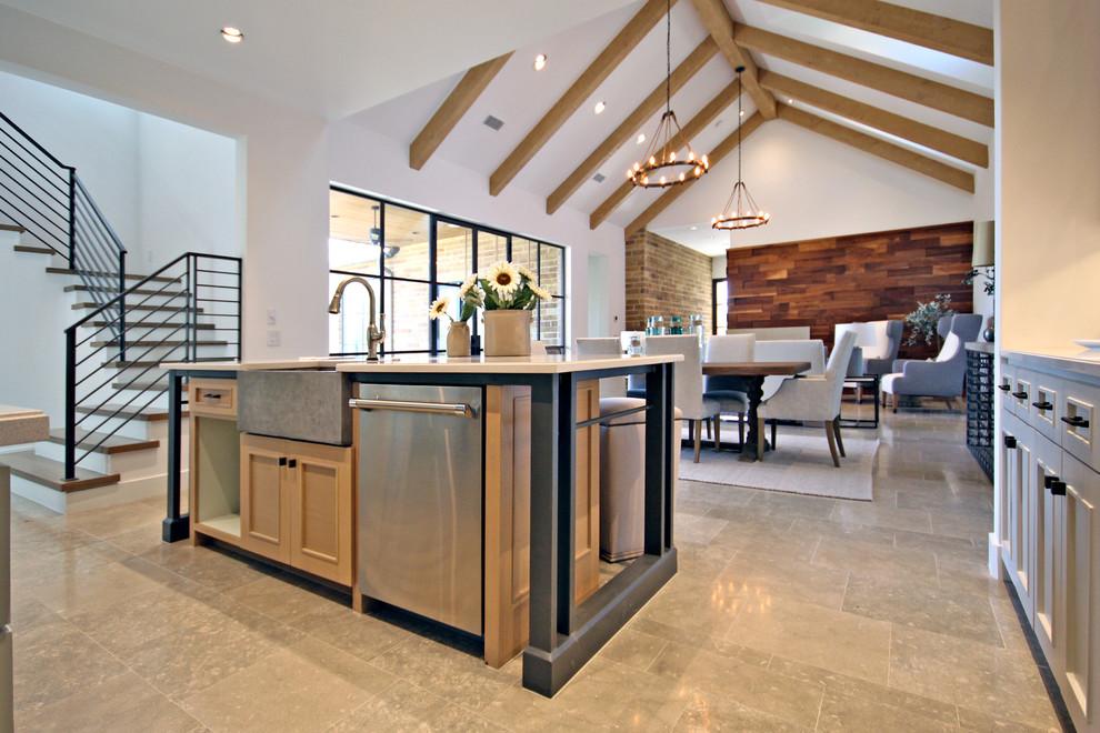 Minimalist kitchen photo in Dallas