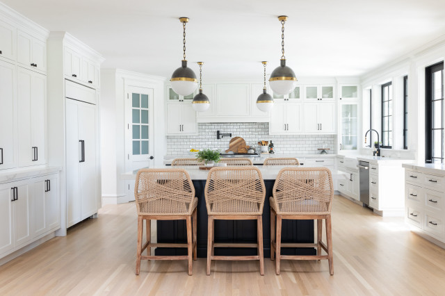Kitchen Of The Week Modern Farmhouse Style With Dual Islands