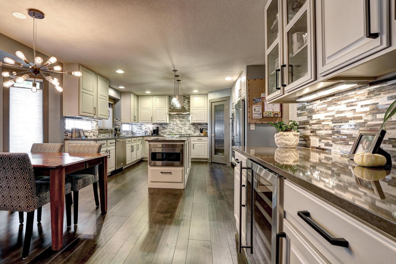 Modern Fresh Kitchen
