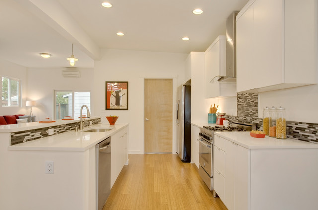 Modern Green Seattle Remodel Modern Kitchen Seattle By Seattle Staged To Sell And Design Llc