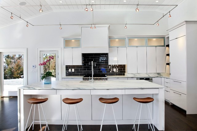 Modern In White Contemporary Kitchen New York By Platinum Designs Llc Ian G Cairl