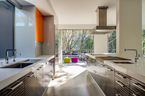 Modern is Modern Again in Portola Valley