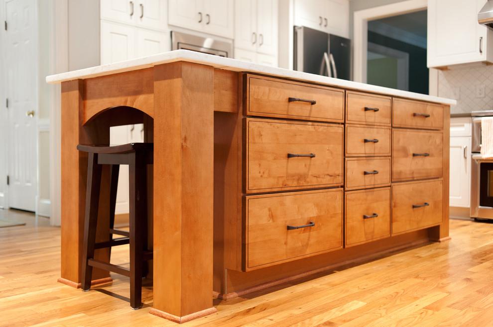 Modern Island - Modern - Kitchen - Richmond - by ...