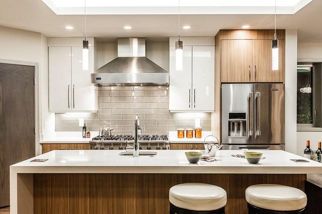Modern Kirkland home kitchen - Contemporary - Kitchen ...