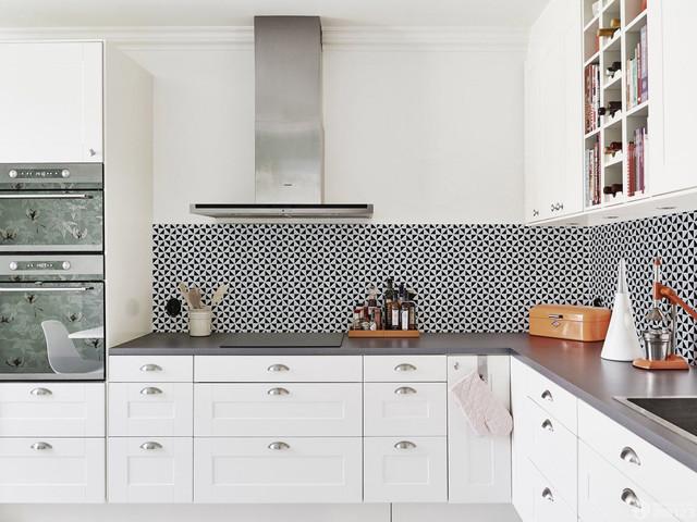 Modern Kitchen Backsplash Triangular Porcelain Mosaic Tile Modern Kitchen Orange County By Ant Service Corporation Houzz Uk