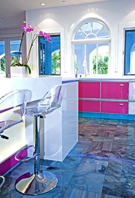 Modern Kitchen by Mal Corboy Cabinets modern-kitchen