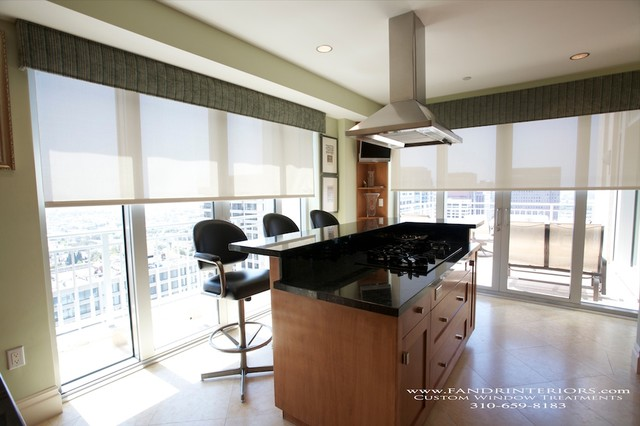 Wilshire Corridor High Rise Penthouse modern-kitchen