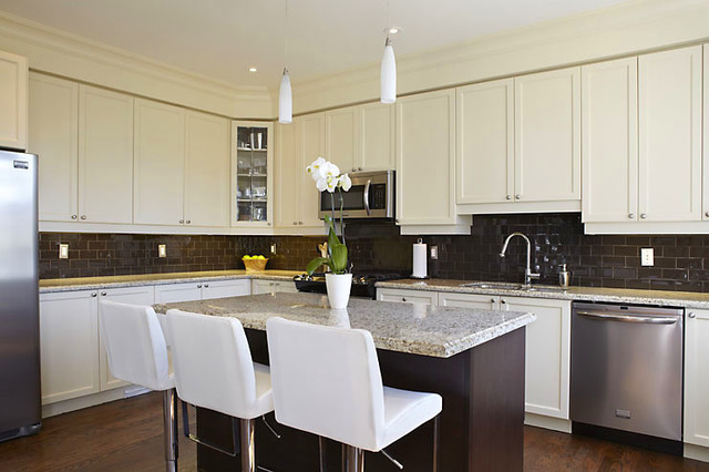 modern two tone kitchen modern kitchen toronto by