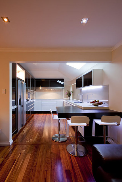 Modern kitchen contemporary-kitchen