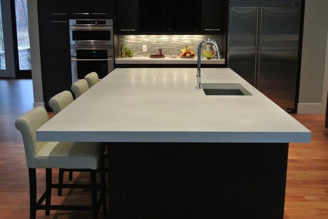 Kitchen Side View : Modern kitchen side view of island
